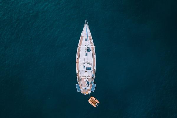 brod iz zraka